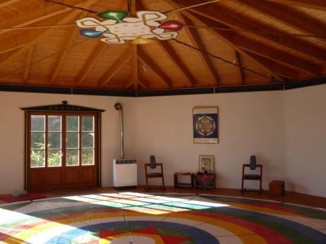 Vajra Tanz im Meditationspavillon